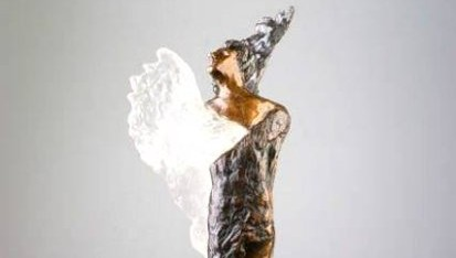 statuetka Angelusa
